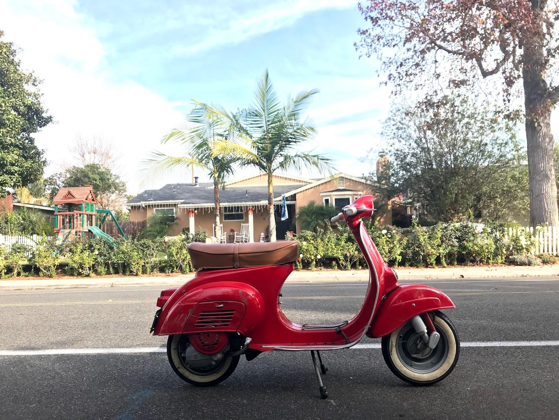 1964_Vespa_90_Small_Frame_made_by_Piaggio_now_in_California_1